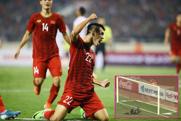 Việt Nam - UAE 1-0: Điểm sáng của lối chơi tập thể - Ảnh 1.