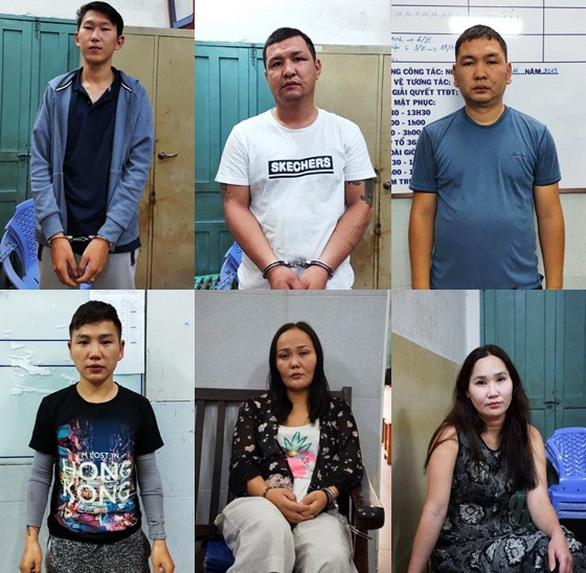 Bắt băng nhóm người Mông Cổ trộm cắp ở trung tâm Sài Gòn - Ảnh 1.