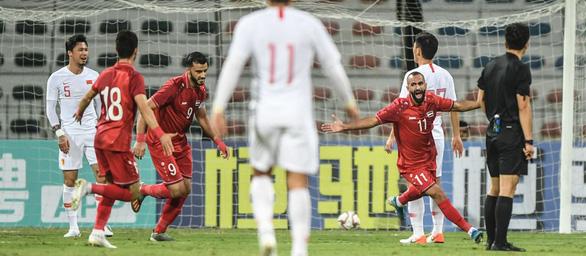 FIFA, AFC khen hết lời tuyển Việt Nam, chê Trung Quốc chơi tệ đến nỗi HLV phải ra đi - Ảnh 1.