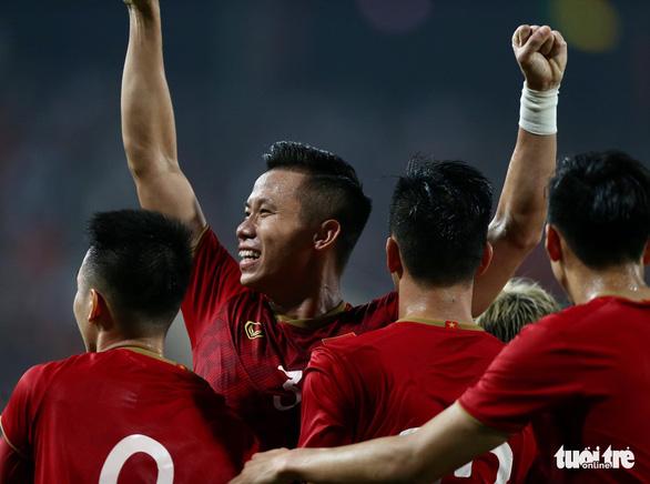 Việt Nam có hàng thủ tốt thứ nhì vòng loại World Cup 2022 khu vực châu Á - Ảnh 1.