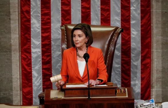 Chủ tịch Hạ viện Mỹ nói ông Trump đã thừa nhận hối lộ Ukraine - Ảnh 1.