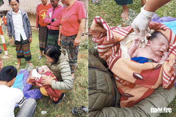 Bé trai 3kg bụ bẫm chào đời bên đường trong vòng tay các cô giáo - Ảnh 4.