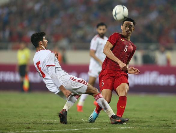 Văn Hậu được đề cử giải Cầu thủ trẻ xuất sắc nhất châu Á - Ảnh 1.