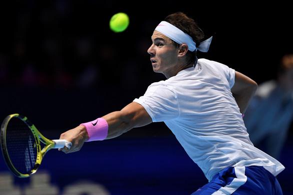 Vừa chắc hết năm 2019 mình số 1 thế giới, ai dè Nadal văng khỏi ATP Finals - Ảnh 1.
