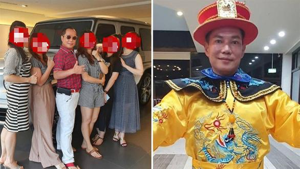 Vua cần cẩu Đài Loan khoe có 4 vợ, 16 bồ - Ảnh 1.