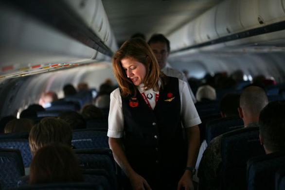 Tiếp viên hàng không Mỹ cầu xin không bị bắt lên máy bay 737 MAX - Ảnh 2.