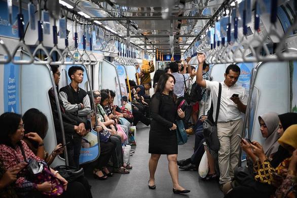 Dân Indonesia thích đi metro, chính quyền làm thêm tuyến thứ 2 - Ảnh 1.