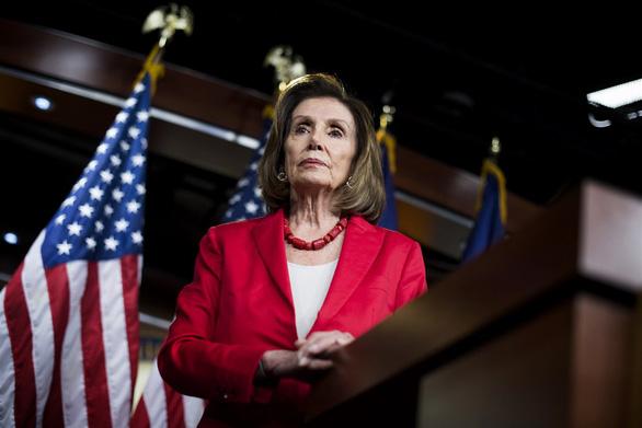 Đảng Dân chủ vẫn chọn bà Nancy Pelosi 80 tuổi làm chủ tịch Hạ viện Mỹ - Ảnh 1.