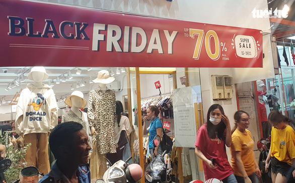Khuyến mãi Black Friday sớm, nhiều nơi tạm dừng bán online - Ảnh 1.