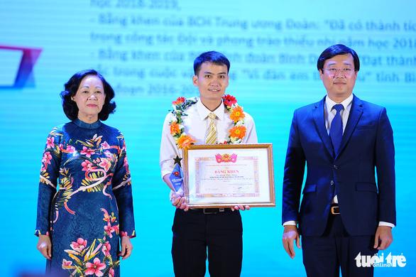 75 nhà giáo trẻ tiêu biểu nhận giải thưởng của Trung ương Đoàn - Ảnh 2.