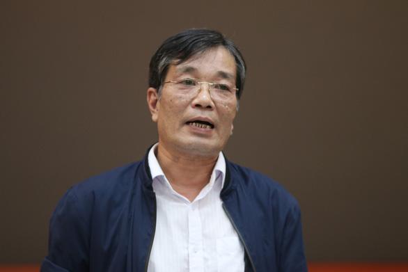 Gần 2.000 học sinh Hà Nội nghỉ học vì người lớn phản đối mở rộng nghĩa trang - Ảnh 1.