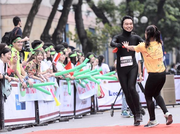 Kizuna Ekiden qua ống kính Nguyễn Á - Ảnh 4.