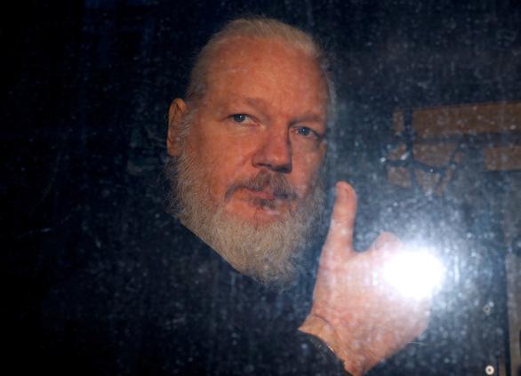 Thụy Điển ngừng điều tra cáo buộc cưỡng hiếp của cha đẻ WikiLeaks - Ảnh 1.
