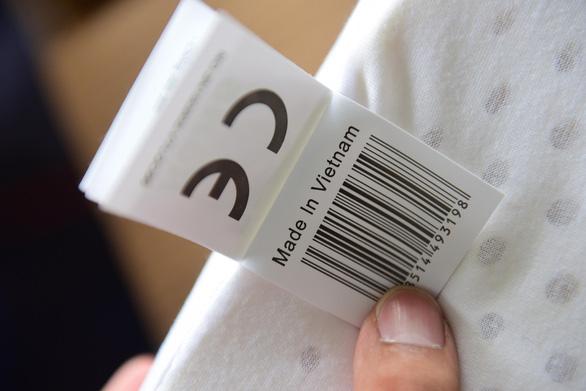Thêm lô hàng nhập từ Trung Quốc ghi nhãn Made in Vietnam - Ảnh 4.