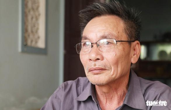 Vụ 39 người chết: Cảnh sát Anh hỏi gia đình đặc điểm nhận dạng - Ảnh 1.