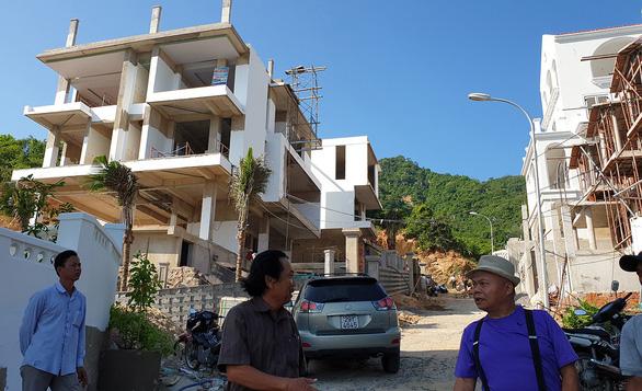 Khánh Hòa tính cho 82 dự án biệt thự, khu đô thị... cư ngụ trên đồi núi - Ảnh 1.