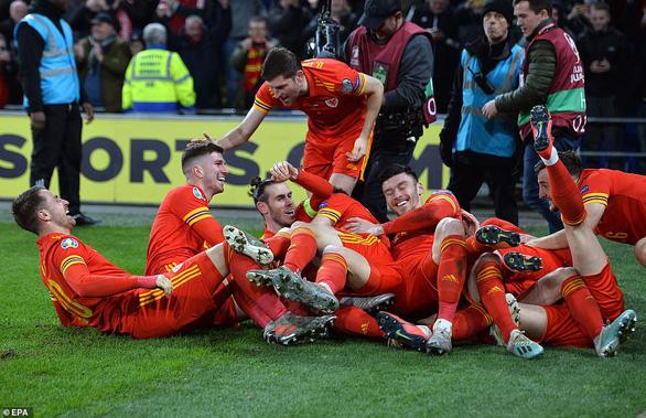 Ramsey tỏa sáng, Xứ Wales đoạt vé dự Euro 2020 - Ảnh 2.