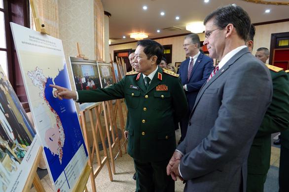 Bộ trưởng Quốc phòng Việt Nam hội đàm với Bộ trưởng Quốc phòng Mỹ - Ảnh 3.
