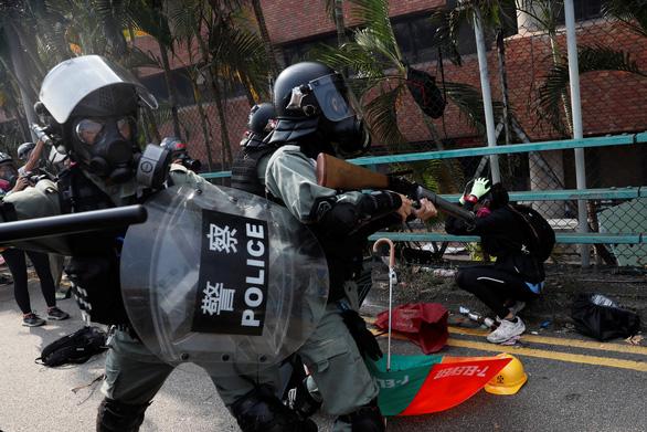 Trung Quốc: Mỹ hãy rút dự luật Hong Kong hoặc tự lãnh hậu quả - Ảnh 2.