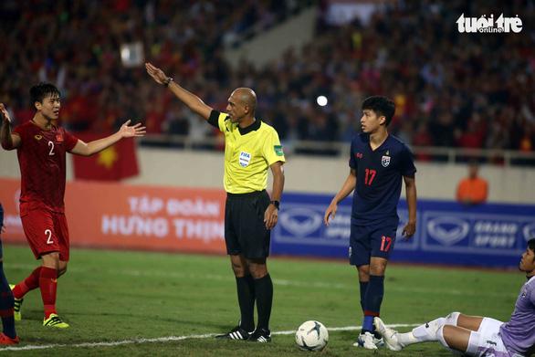 Trung vệ Đỗ Duy Mạnh: Văn Hậu chỉ theo sát chứ chưa phạm lỗi với thủ môn Kawin - Ảnh 3.