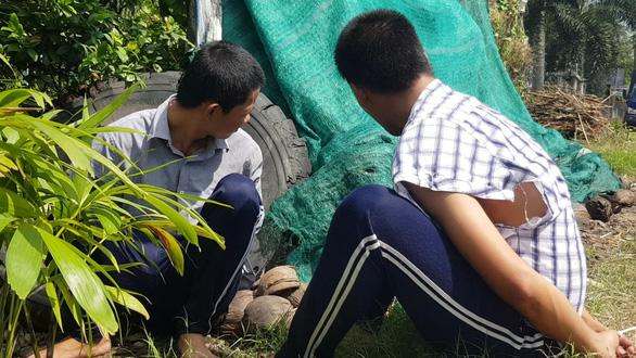 Hơn 100 học viên cai nghiện xông ra ngoài, lấy xe máy người dân trốn chạy - Ảnh 2.