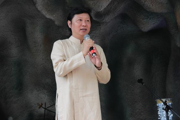 Cả thế giới đều biết áo dài là quốc phục Việt Nam - Ảnh 4.