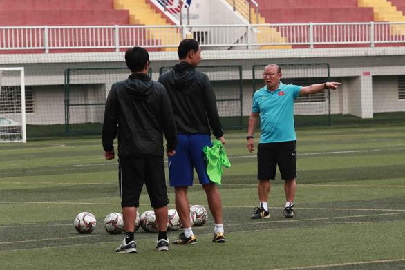 Tại sao ông Park chọn Quang Hải làm đội trưởng U22 Việt Nam? - Ảnh 1.