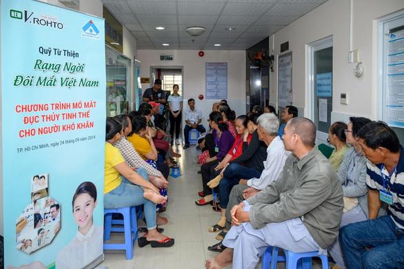 Học bổng Rohto-Mentholatum (VN) tiếp sức ước mơ cho sinh viên Cao đẳng Y tế Bình Dương - Ảnh 2.