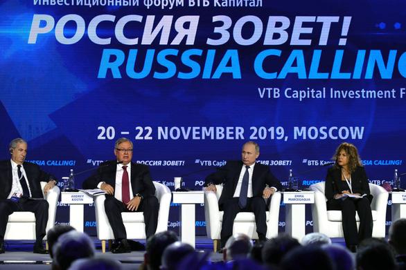 Tổng thống Putin dự báo EU tan rã trong mươi năm nữa - Ảnh 1.