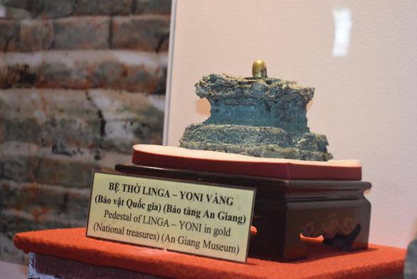 Trưng bày bảo vật quốc gia tại triển lãm Hội ngộ di sản văn hóa 3 miền - Ảnh 1.