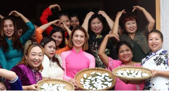 Cô dâu Việt ở Hàn bị chồng đánh có quyền báo cảnh sát bằng tiếng Việt - Ảnh 1.