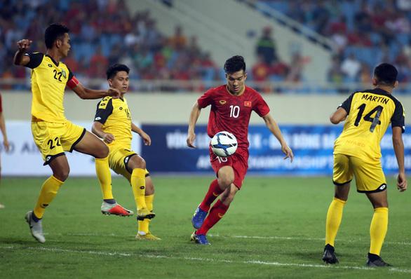 Không cầu thủ U22 Việt Nam dám mặc áo số 10 ở SEA Games 2019 - Ảnh 1.