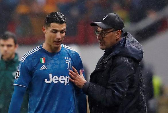 Ronaldo không được đăng ký thi đấu, CĐV đồn bị Juventus ruồng bỏ - Ảnh 1.