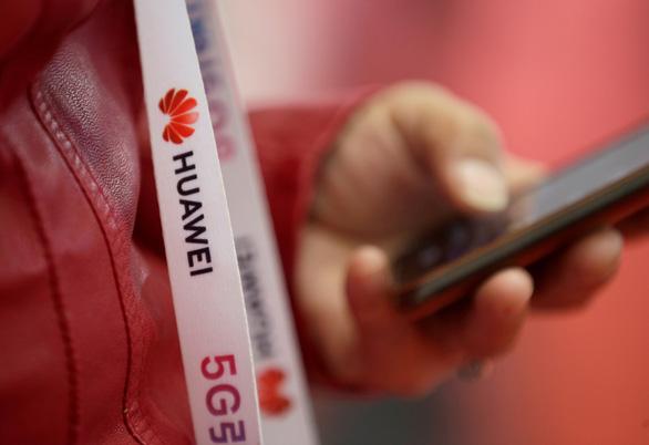 Mỹ thêm lệnh cấm với Huawei, ZTE - Ảnh 1.
