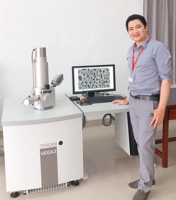 Nhà khoa học trẻ ĐH Duy Tân được trao giải thưởng KHCN và đổi mới ASEAN - Hàn Quốc - Ảnh 1.