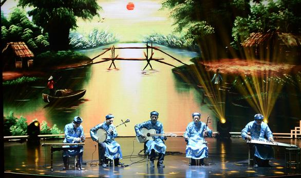 TP.HCM vinh danh và thưởng thêm cho 75 nghệ sĩ, nghệ nhân - Ảnh 8.