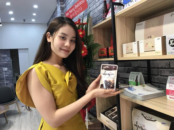 Nông sản Hàn Quốc vào VN nhiều nhờ ông Park Hang Seo và cô dâu Việt - Ảnh 1.