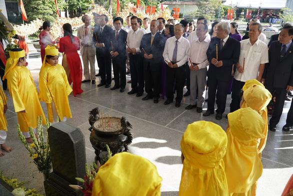 Long trọng tổ chức lễ giỗ lần thứ 90 cụ phó bảng Nguyễn Sinh Sắc - Ảnh 1.