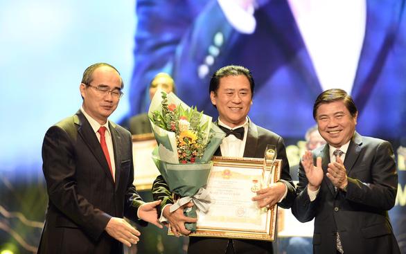 TP.HCM vinh danh và thưởng thêm cho 75 nghệ sĩ, nghệ nhân - Ảnh 4.