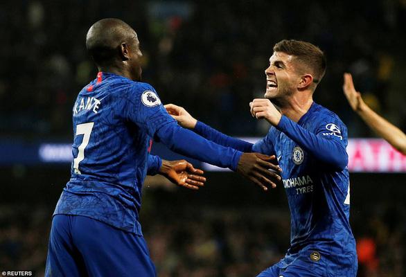 Man City thắng ngược nghẹt thở Chelsea tại Etihad - Ảnh 1.