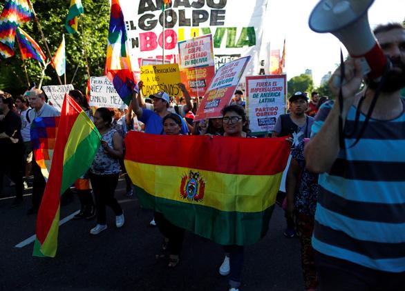 Quốc hội Bolivia mở đường bầu cử mới, loại cựu Tổng thống Morales - Ảnh 3.