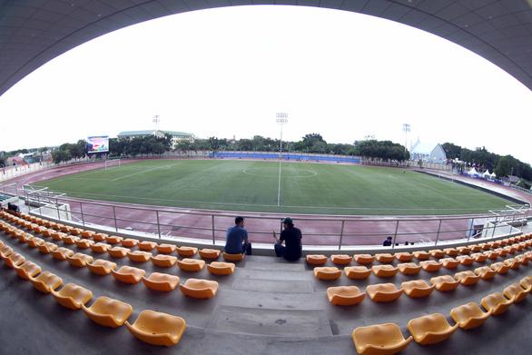 Ngắm sân Binan chỉ có 3.300 chỗ ngồi mà U22 Việt Nam sẽ thi đấu - Ảnh 5.