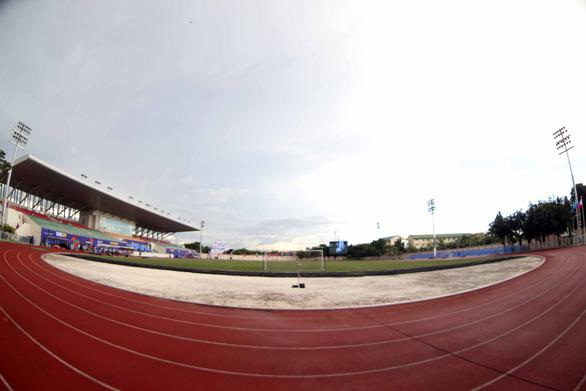 Ngắm sân Binan chỉ có 3.300 chỗ ngồi mà U22 Việt Nam sẽ thi đấu - Ảnh 7.