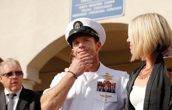 Bộ trưởng Hải quân Mỹ bị buộc từ chức vì qua mặt cấp trên - Ảnh 2.