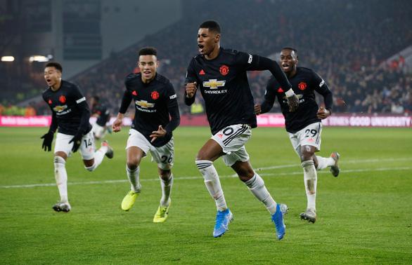 Tin Mibet: M.U đánh rơi chiến thắng Manchester United (M.U) đã gây thất vọng