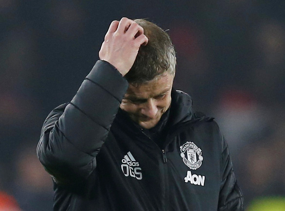 M.U đánh rơi chiến thắng trước đội mới lên hạng Sheffield United - Ảnh 3.