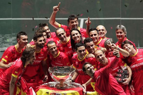 Nadal cùng tuyển Tây Ban Nha dễ dàng đăng quang Davis Cup - Ảnh 1.