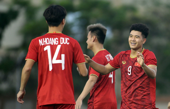 Mời bạn đọc tham gia bình luận cực chất - cực ngắn trận U22 Việt Nam - Lào - Ảnh 1.