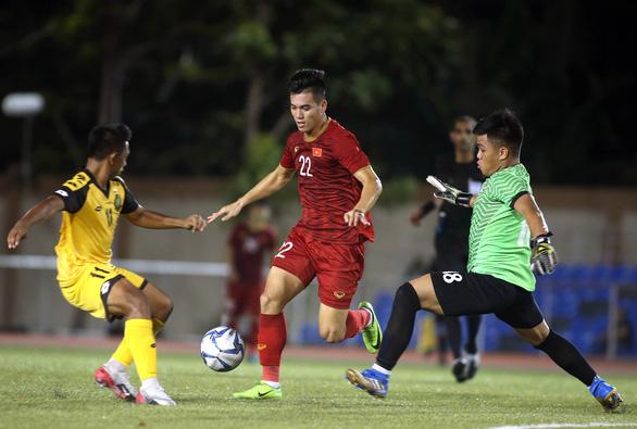 Tiến Linh không lo dù Hà Đức Chinh lập hat-trick trước U22 Brunei - Ảnh 1.