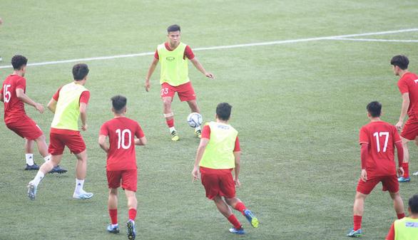 Oái oăm, Philippines chỉ cho bóng đá nam đăng ký 20 cầu thủ tại SEA Games - Ảnh 1.